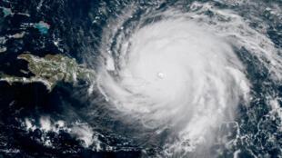 Vue satellite de l'ouragan Irma approchant des côtes de Porto-Rico, le 6 septembre 2017.