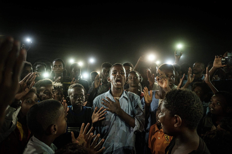 2020-04-16 journalism photography sudan omar al bashir