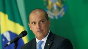 Onyx Lorenzoni, 64 ans, le nouveau chef du gouvernement, lors d'une conférence de presse, le 3 janvier 2018, à Brasilia.
