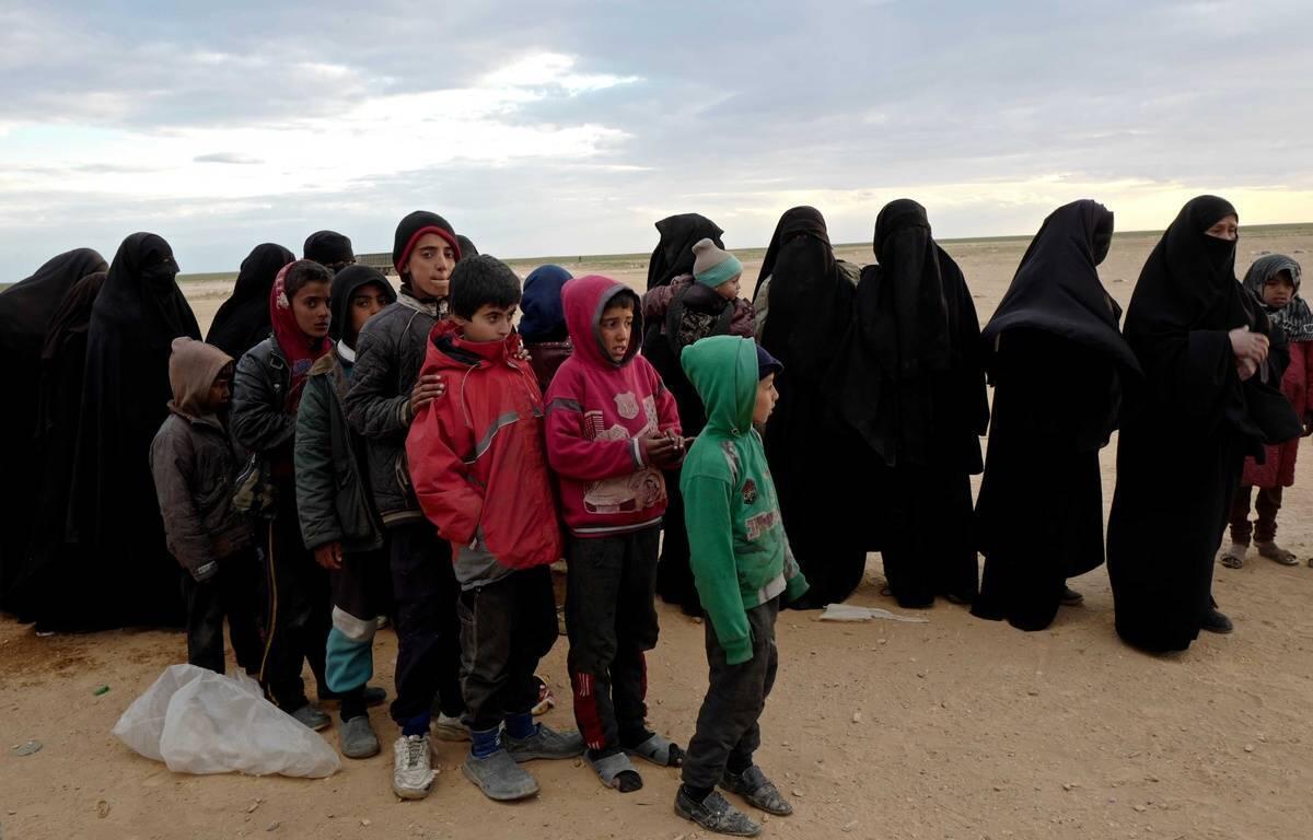 عکس آرشیو - همسران و فرزندان جهادگرایان در اردوگاه تناک در نزدیکی شهر دیرالزور در سوریه. اول مارس ٢٠۱٩
