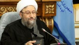 آیت الله صادق آملی لاریجانی، رئیس قوۀ قضائیه جمهوری اسلامی ایران
