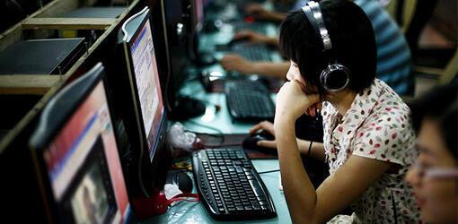 """دولت چین، در ادامه فشار بر رسانههای این کشور، قوانین """"سختگیرانهتری"""" را برای رسانههای خبری اینترنتی وضع کرده است."""