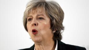圖為英國首相特蕾莎梅在歐盟27國大使前講話表明硬脫歐