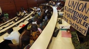 Les producteurs de cacao ivoiriens lors d'une réunion à Abidjan, le 15 février 2011.