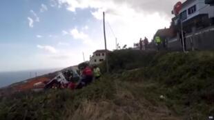 葡萄牙馬德拉島一輛旅遊巴士發生嚴重車禍。