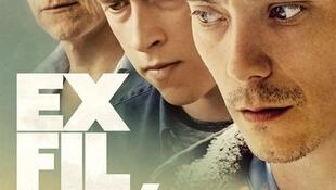 Affiche du film «Exfiltrés», d'Emmanuel Hamon avec Swann Arlaud, Finnegan Olfield et Charles Berling.