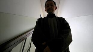 Le Japon, contrairement à la France, reconnaît officiellement les hikikomori (ici, Ikeida, un Japonais de 55 ans qui a décidé de se couper de la société)