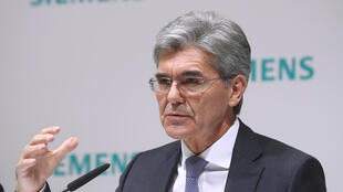 O presidente da Siemens, Joe Kaeser, durante coletiva de imprensa em Munique, em 9 de novembro de 2017.
