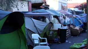 Des tentes de réfugiés situées entre San Lorenzo et Verano, en juillet 2016.
