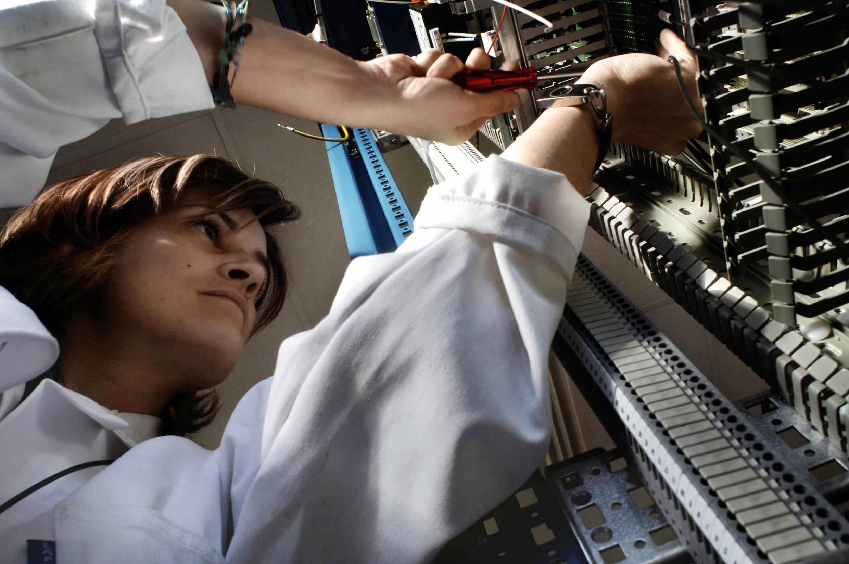 Во Франции женщины в среднем зарабатывают на 26% меньше мужчин. Зарплата женщин и мужчин на одних и тех же должностях различается на 9%