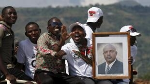 Shugaban Burundi da Sojoji suka yi yunkurin hambararwa ya samu tarba daga Magoya bayan shi a Bujumbura