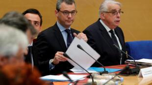 Tổng thư ký điện Élysée Alexis Kohler (T) điều trần trước ủy ban điều tra của Thượng Viện Pháp về vụ Benalla ngày 26/07/2018.