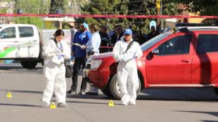 Escena del crimen donde fue asesinada Miroslava Breach en Chihuahua, México, este 23 de marzo de 2017.