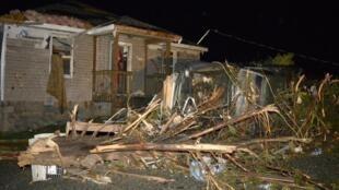 Fortes tornados, nos estados de Arkansas e Oklahoma, nos Estados Unidos causaram a morte de pelo menos 12 pessoas