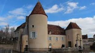庫爾巴城堡(Le château du Courbat)