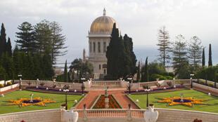 مقبره باب بنایانگذار آئین بهایی در شهر حیفا در شمال اسرائیل