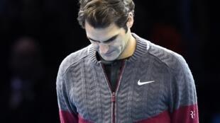 Le Suisse Roger Federer annonce son forfait au Masters de Londres 2014.