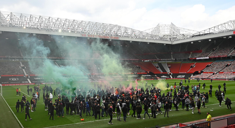 Magoyabayan Manchester United dake zanga-zanga a filin Old Trafford 2 ga watan Mayu 2021