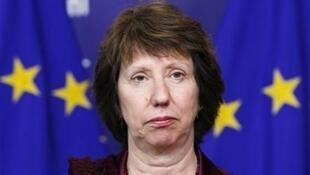 Catherine Ashton, alta representante da União Europeia para a política externa e segurança se diz contrária a construção de colônias israelenses.