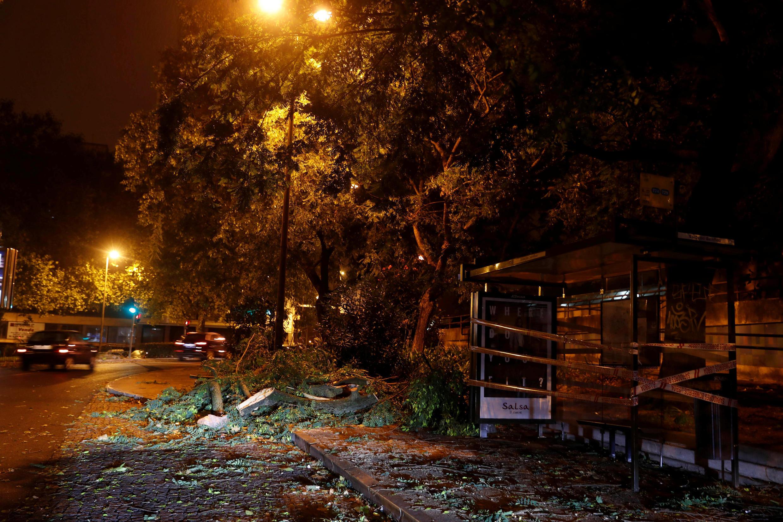 De passagem por Portugal, tempestade Leslie provocou diversos incidentes neste domingo (14)