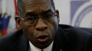 Le ministre haïtien des Affaires étrangères Antonio Rodrigue a évoqué le scandale Oxfam lors d'une conférence de presse à Port-au-Prince le 15 février 2018.