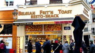 Un local de papas fritas en Bélgica.