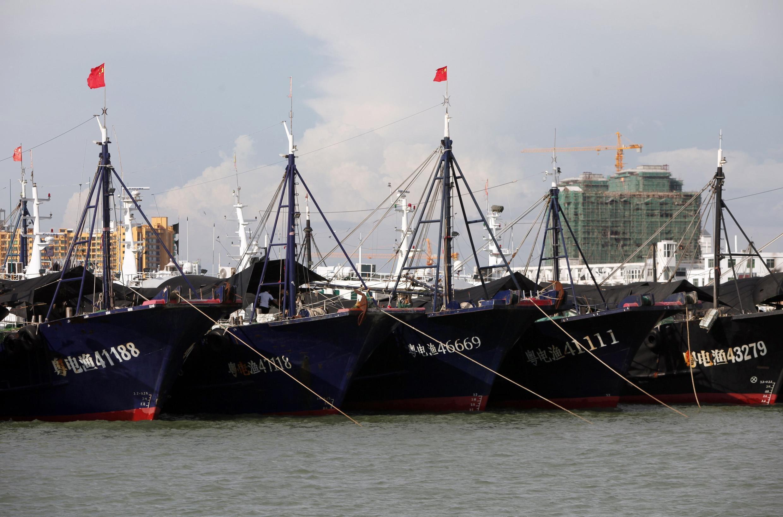 Ảnh một đội tàu cá Trung Quốc tại cảng Đông Phương, Hải Nam.