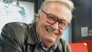 José María Vitier en los estudios de RFI.
