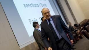 O ministro francês das Relações Exteriores, Alain Juppé, durante conferência internacional sobre a Síria, em Paris, na terça-feira.