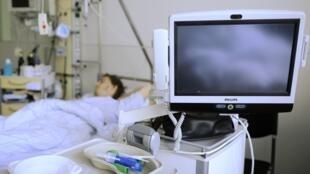 Paciente contaminado pela bactéria E.coli em uma clínica de Eppendorf, Hamburgo.