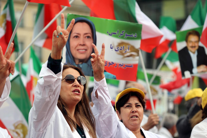 2020-07-17T135934Z_1915403260_RC21VH9QZU5Z_RTRMADP_3_IRAN-SECURITY-GERMANY-PROTEST