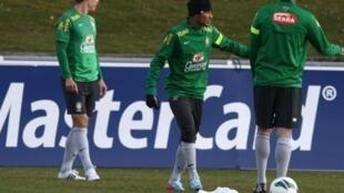 Treino tático da Seleção brasileira que enfrenta a Itália nesta quinta-feira, no Estádio de Genebra, às 20h30