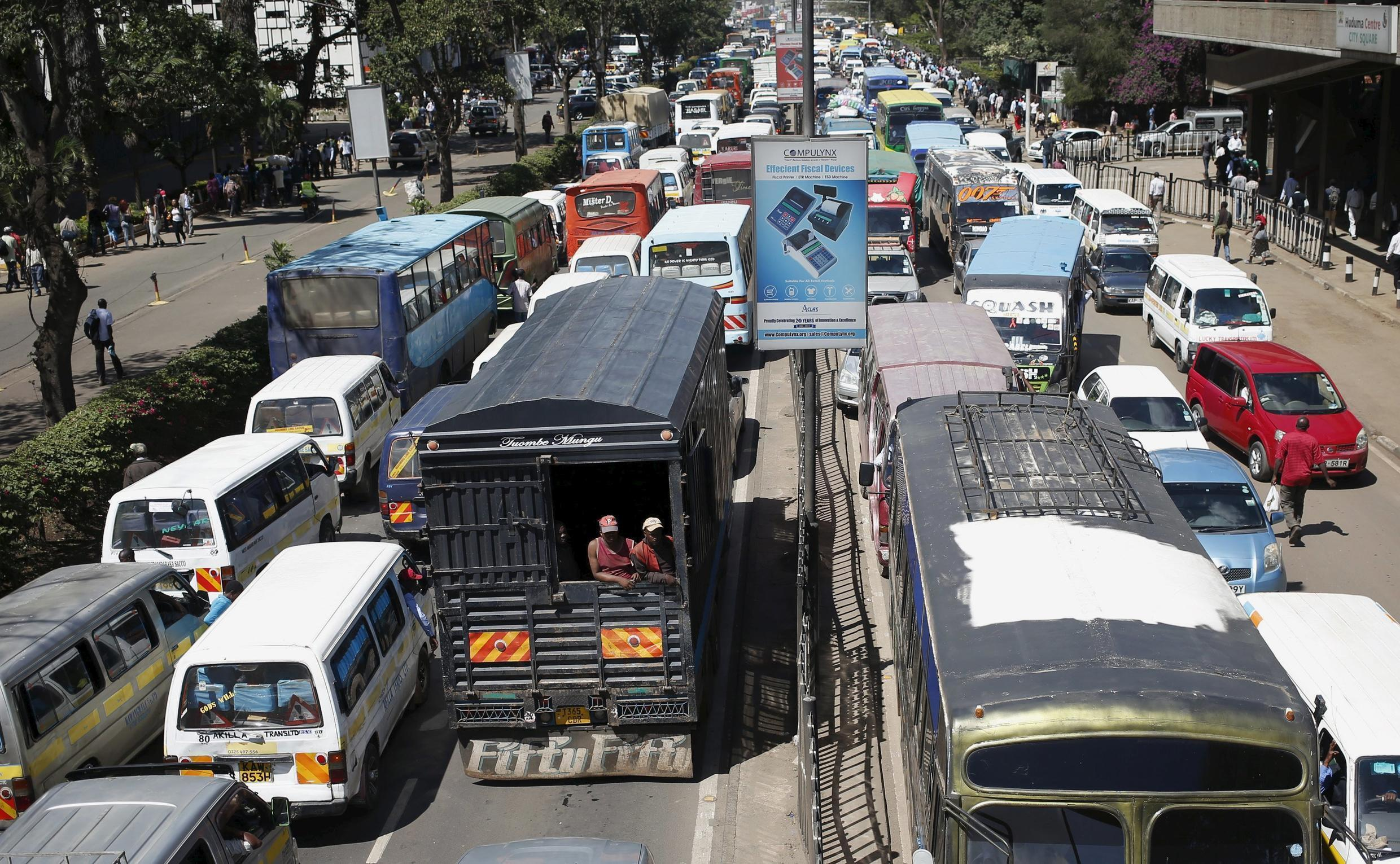 Traffic stands still on both sides the streets of Kenya's capital Nairobi, April 7, 2015.