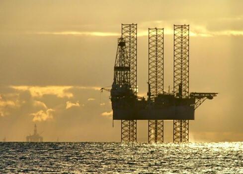 L'écart entre le prix du Brent de la mer du Nord et celui de Dubaï s'est effondré après la décision de l'AIE.