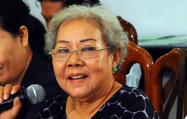 Nghệ nhân dân gian Bạch Huệ (DR)