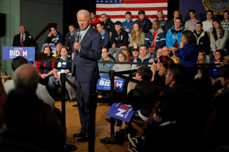 Le candidat démocrate à la présidentielle américaine de 2020, Joe Biden lors d'une assemblée publique à Exeter dans le New Hampshire, le 30 décembre 2019.