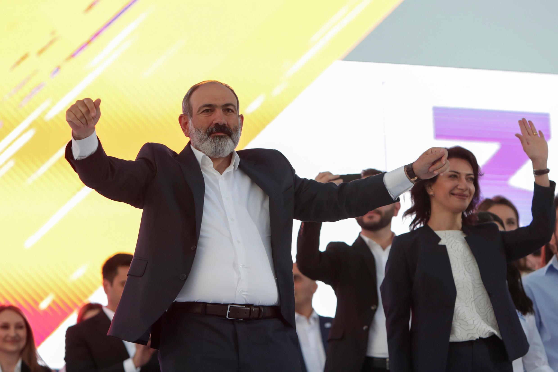 2021-06-17T172649Z_1518898655_RC2F2O9Q7UTG_RTRMADP_3_ARMENIA-ELECTION