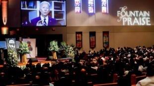 Joe Biden prononcé un message vidéo diffusé dans l'église