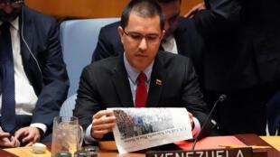 O ministro das Relações Exteriores da Venezuela, Jorge Arreaza, fala nas Nações Unidas durante uma reunião do Conselho de Segurança sobre a situação na Venezuela, em Nova York, EUA, 26 de janeiro de 2019