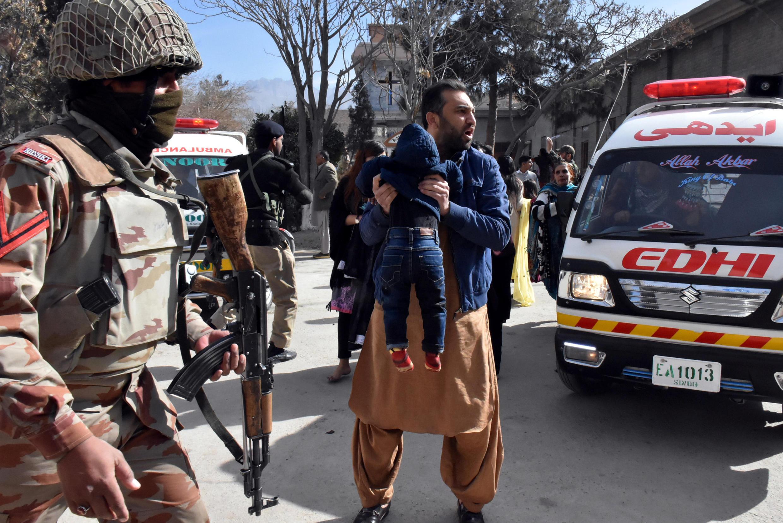 巴基斯坦一座教堂遭遇自殺式襲擊 2017年12月17日