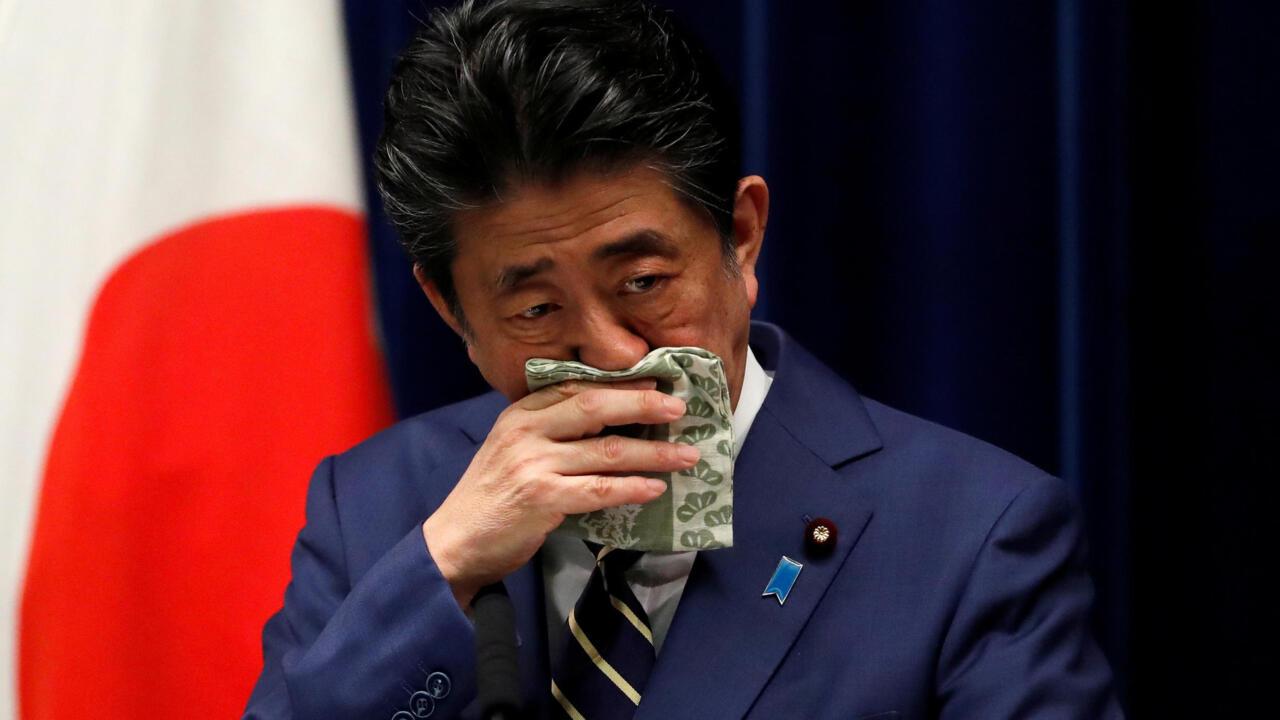 """日本新冠""""第二波""""中央与地方掣肘陷入混乱"""