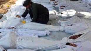 d4a8f2d_414130062-2013-08-21t120000z-216909199-gm1e98l163801-rtrmadp-3-syria-crisis-gas