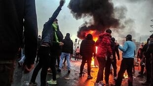 2019_Iranian_fuel_protests_Fars_News_(1)