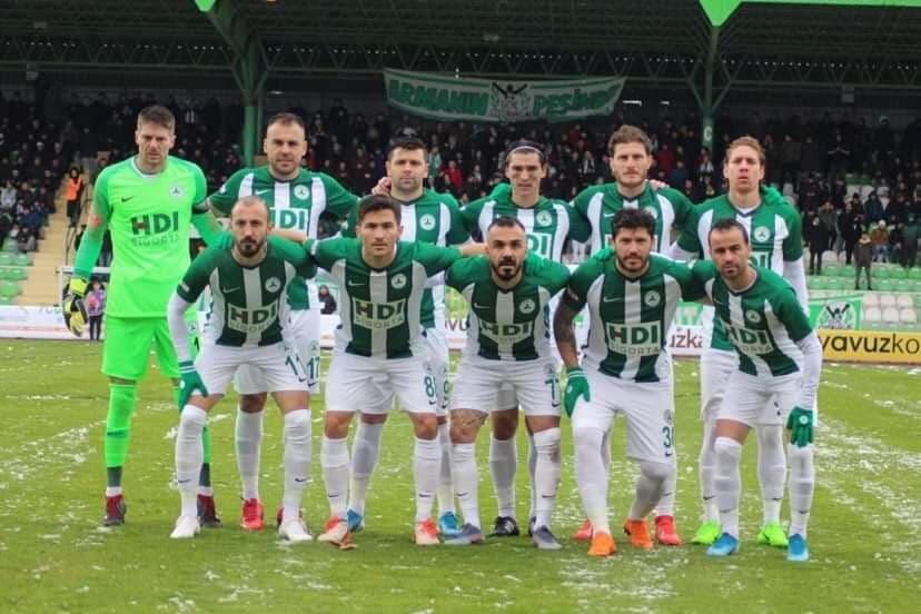 A equipa do Giresunspor.