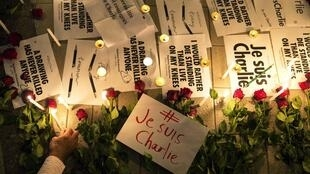 Depuis l'attentat contre l'hebdomadaire «Charlie Hebdo» des manifestants se sont rassemblés spontanément dans plusieurs villes de France.