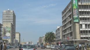Le boulevard du 30-Juin à Kinshasa où Jean-Marie Kalonji a été enlevé par les services de sécurité le 15 décembre 2015.