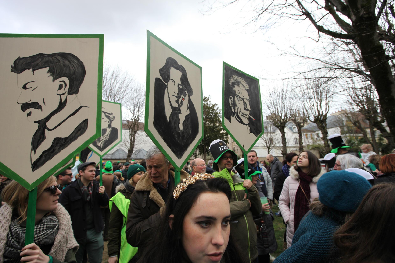 Famous Irish writers on display, including Samuel Beckett and Oscar Wilde