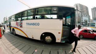 A Kinshasa, un autobus de la compagnie Transco, société de transports en commun de la République démocratique du Congo.