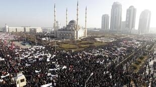 Thousands of people on hte streets of Grozny on Monday