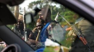 Силы Алассана Уаттара на подступах к Абиджану 2 апреля 2011 г.